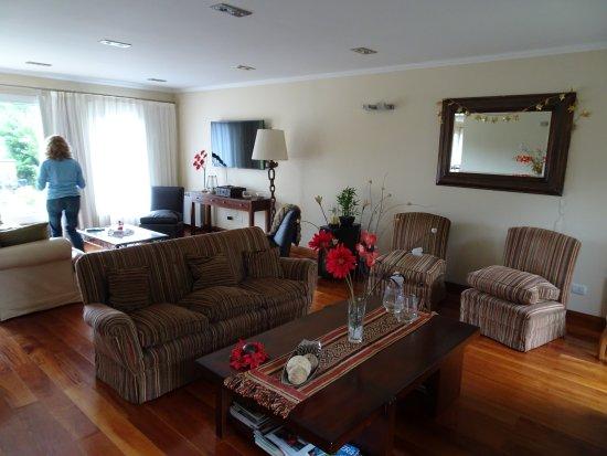 Alma Andina Hosteria: Sala de estar.