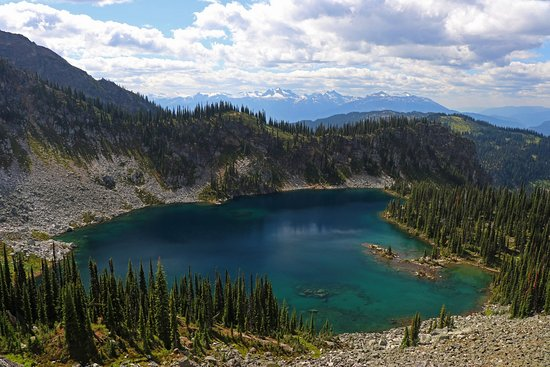 Meadows in the Sky Parkway: Hiking to Jade Pass. This is Miller Lake.