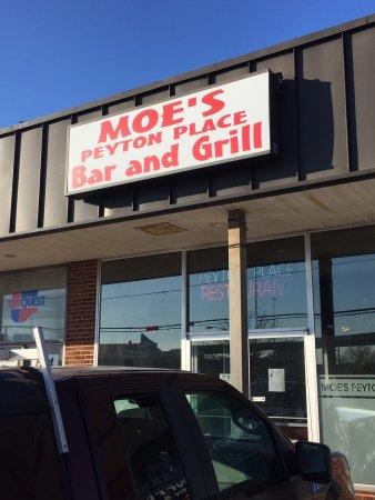 Moe's Peyton Place