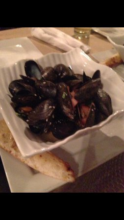The Goofie Newfie: Mussels