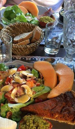 Saignon, Γαλλία: La Provenza nel piatto.