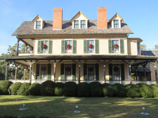 """Jekyll Island Historic District: One of many """"cottages"""" for the exclusive Jekyll Island Club"""