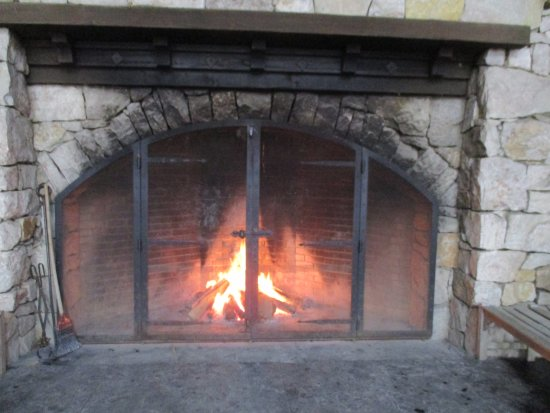 Mohonk Mountain House: outdoor fireplace near ice rink