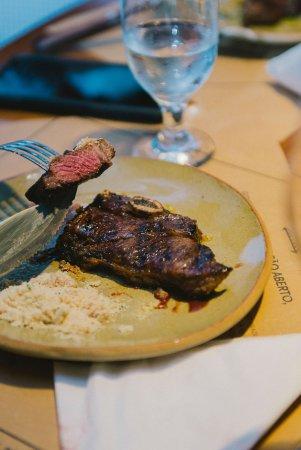 Desfrute os melhores cortes uruguaios.
