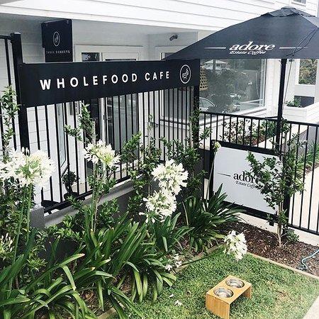 Wamberal, Avustralya: Three Donkeys Wholefood Cafe