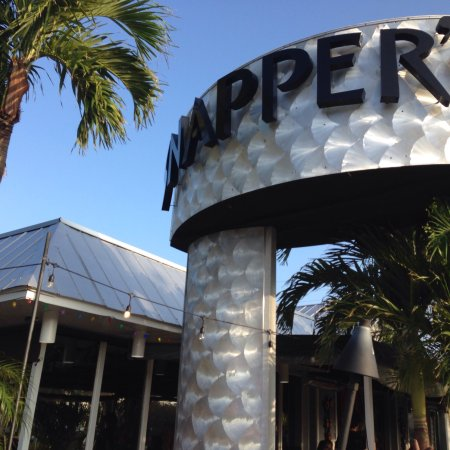 Snappers Sea Grill: photo0.jpg