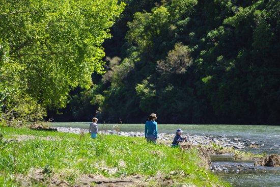 Oxford, New Zealand: Adjacent river/reserve