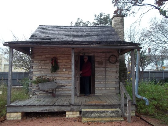 Pioneer Museum Complex: Early settler's house