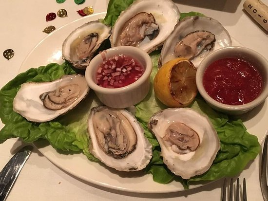 The Capital Grille: Fresh steamed Massachusetts oysters, outstanding.