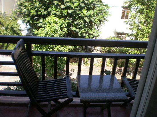 Balcony photo de jade hotel hoi an h i an tripadvisor for Balcony 412 sul
