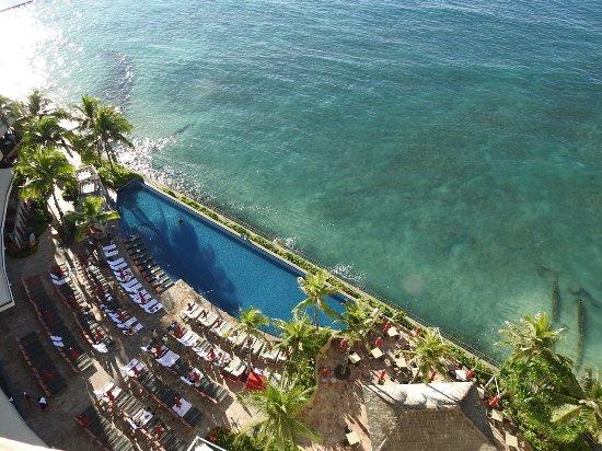 Sheraton Waikiki: view from the room