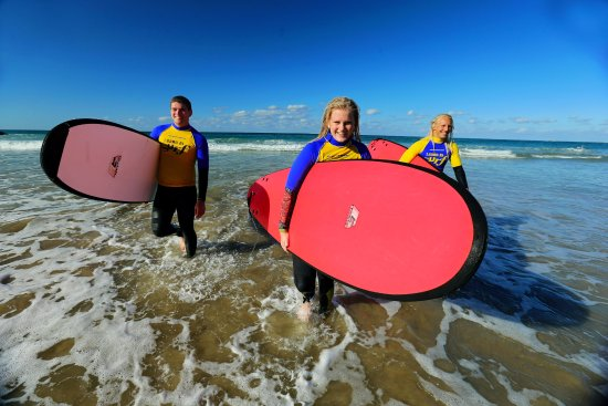 Port Macquarie Surf School: Lessons for all ages