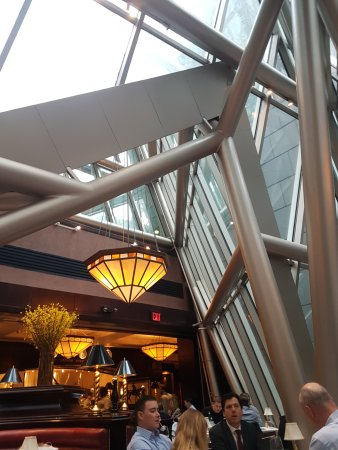 The Capital Grille: 餐廳內裝潢