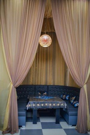 Cafe Navoi Shohnoma: шатер