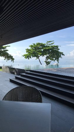 Amorita Resort: View from the lobby waiting area