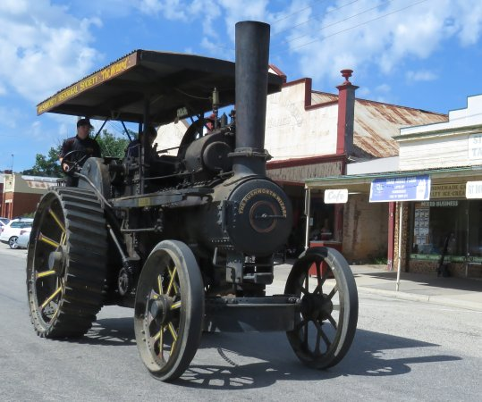 Rushworth Museum: Steam traction engine being driven down main street (3rd Saturday of each month)