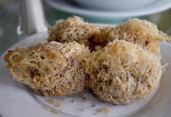 Royal Seafood Restaurant: Yam or Taro pastry