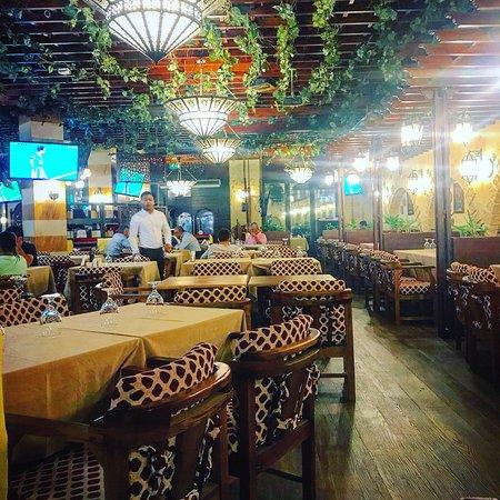 مطعم البوادي 12
