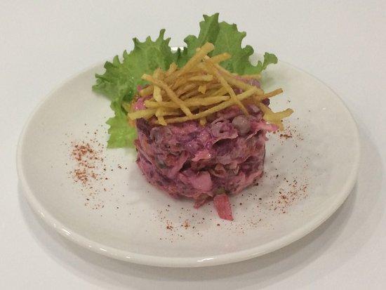 Cafe Navoi Shohnoma: французский салат