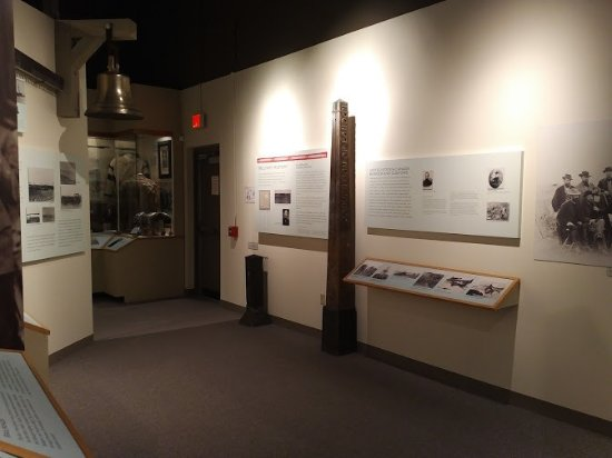 Pembina State Museum: Plaques and artifacts.