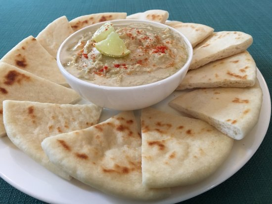 The Daily Bean: Hummus and Pita Bread