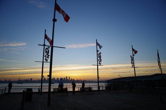 North Vancouver, Canadá: Lonsdale Quay Market