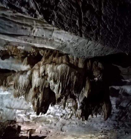 Phong Nha Caves: Lampen, Leuchter
