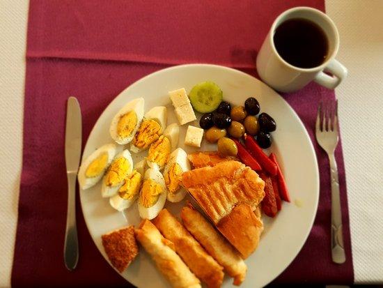 Otel Laodikya : Evde kahvaltı lezzetinde... tostu unutmayalım.... Ellerinize sağlık...