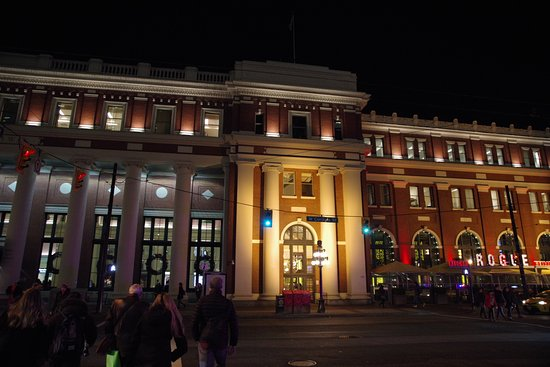 Vancouver, Canada: Waterfront Station