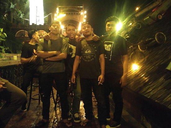 La Favela Bar Y Restaurant Photo