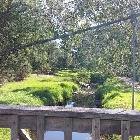 Mullum Mullum Creek Trail