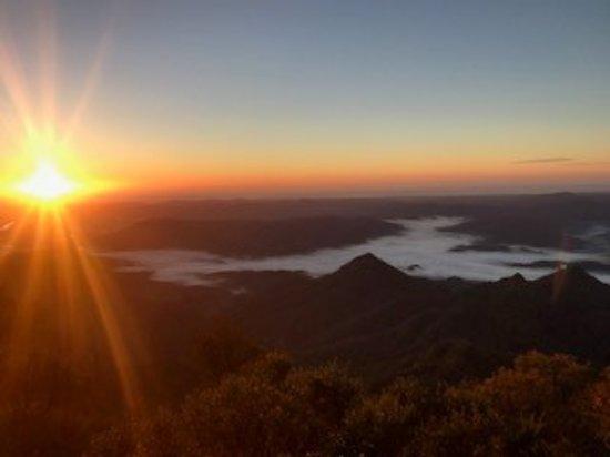 Саншайн-Коуст, Австралия: Sunrise at Mt Warning