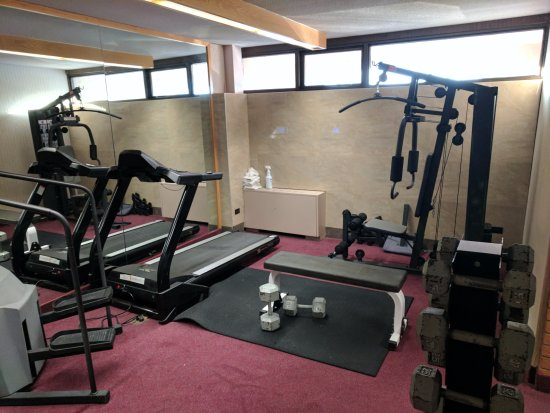 Ramada by Wyndham Lethbridge: the exercise area