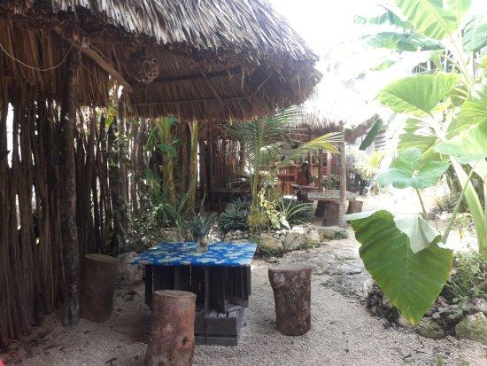 La Pina: hand made seats & tables