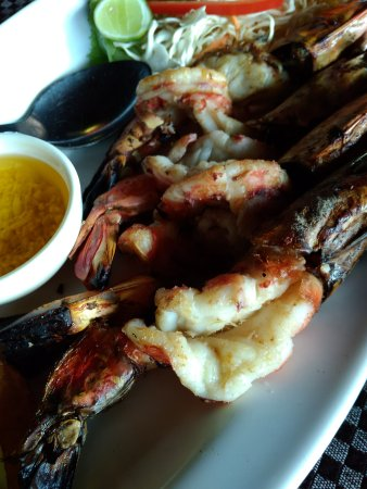Souza Lobo: Baked Prawn with garlic sauce