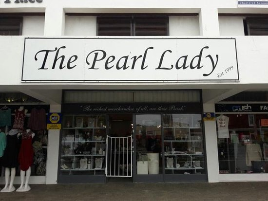 The Pearl Lady