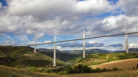 Viaduc de Millau: вид от трассы D992
