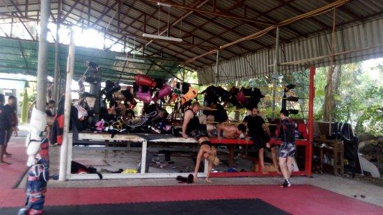 Charn Chai Muay Thai Gym: Excerise via the ring
