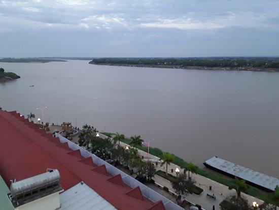 LBN Asian Hotel: ....vom 6.Stock - Zimmer Nr. 611- Blick auf Mekong