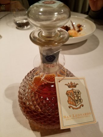 Angelini: the beautiful decanter for the grappa