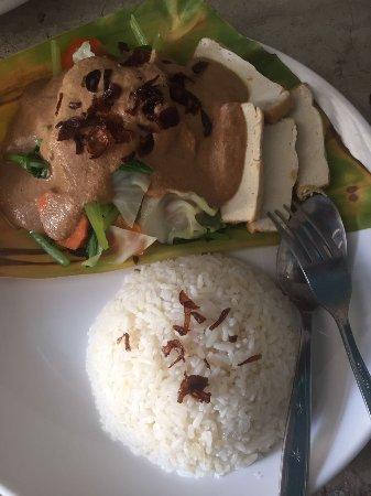 Hello Lumbung Warung: Gado-Gado it's our special food in our region