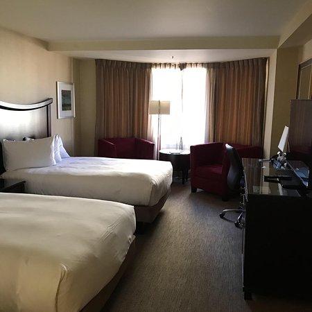 Carl Hotel San Francisco Website