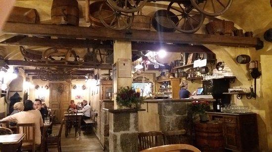 Restaurace Mlejnice: locale rustico