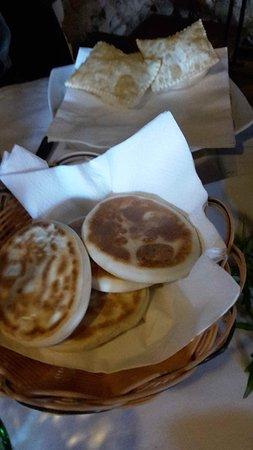 Cantina Cairoli: Tigelle e gnocco fritto