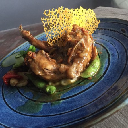 Verve Bistro & Coffee Bar: Butter garlic quail