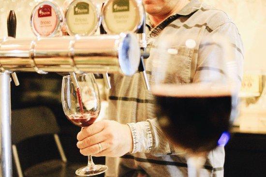 Viver Vino Veritas: Vino spillato di qualità