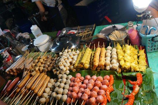 CentralMarina: street food