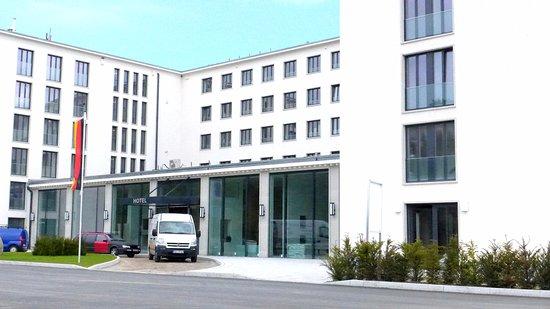 Dokumentationszentrum Prora: Prora Hotell öppnade för c:a ett år sedan.