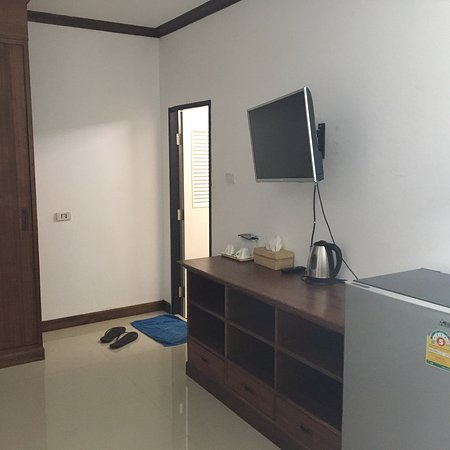 Panmanee Hotel: Clean place in city center