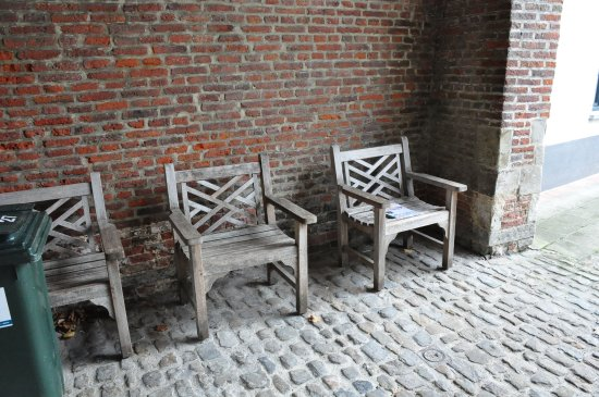 Beguinage: In the entrance.